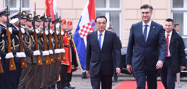 李克强同克罗地亚总理普连科维奇会谈